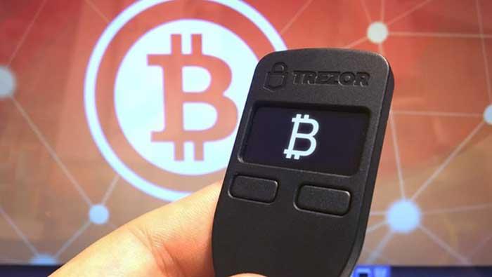 Аппаратный биткоин-кошелька Trezor