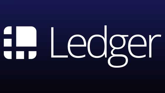 Аппаратный криптовалютный кошелек Ledger